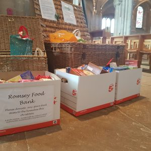 Meachers Global Logistics donates to Food Bank