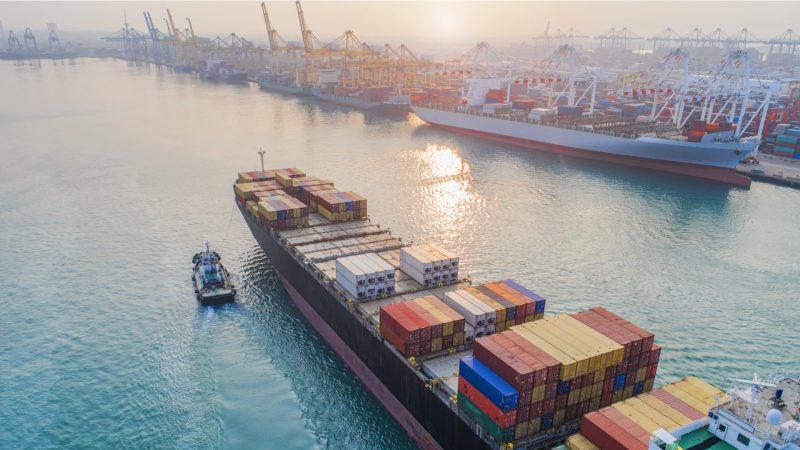 freight forwarding - transport your goods internationally via sea freight